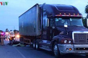Cán bộ coi thi THPT quốc gia tử nạn thương tâm dưới bánh xe tải, để lại 2 con nhỏ tật nguyền