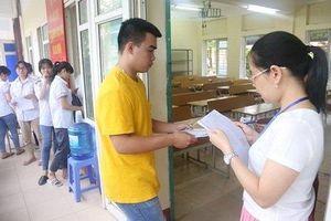 Chụp đề thi THPT Quốc gia đăng lên facebook, 1 thí sinh bị đình chỉ thi