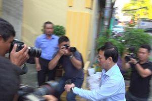 Xét xử Nguyễn Hữu Linh tội dâm ô: Tòa trả hồ sơ để điều tra bổ sung