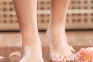 8 dấu hiệu ở chân cảnh báo bạn có thể đang mắc bệnh nguy hiểm