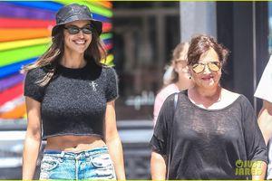 Irina Shayk tươi cười, diện croptop sành điệu khi đi mua sắm cùng mẹ