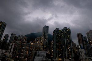 Khát nhà, người Hong Kong tính sống trong căn hộ 'ma ám'