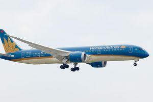Vietnam Airlines lên tiếng vụ máy bay chậm chuyến 32 tiếng tại sân bay Pháp