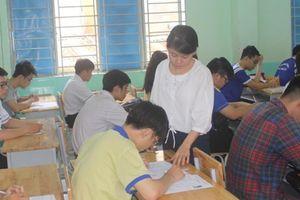 TP.HCM: Nhiều điểm thi phải photo vì thiếu mã đề, thí sinh làm bài trễ giờ