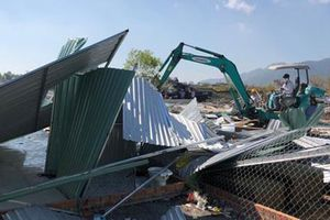 Cưỡng chế 109 căn nhà xây không phép ở Nha Trang
