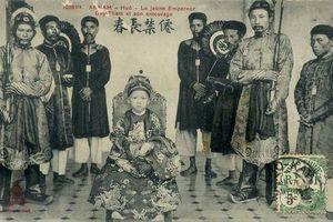 Hình ảnh hiếm có về vua Duy Tân lúc mới lên ngôi
