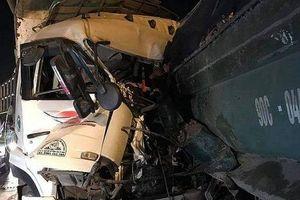 Danh tính hai nạn nhân trong vụ tai nạn trên cầu Thanh Trì