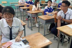 Gặp sự cố, một điểm thi ở TPHCM làm bài môn Sinh trễ 15 phút