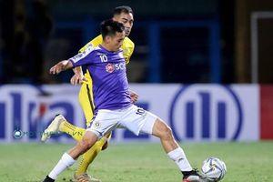 Quang Hải và đồng đội được thưởng nóng sau khi vào chung kết AFC Cup 2019