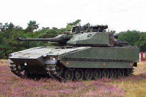 Kinh ngạc xe thiết giáp 'biến hình' của Quân đội Thụy Điển