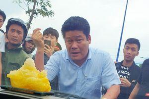 Bắt chủ doanh nghiệp 'gọi' giang hồ vây xe ở Đồng Nai