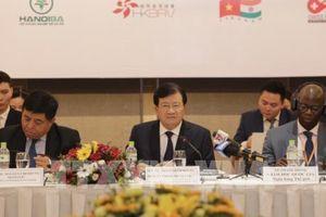 Phó Thủ tướng Trịnh Đình Dũng: Cộng đồng doanh nghiệp là động lực cho tăng trưởng