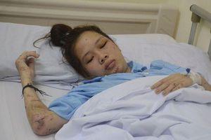 Xót xa nữ sinh xinh đẹp tử nạn trước ngày thi tốt nghiệp THPT, chị gái nhập viện cấp cứu sau tai nạn kinh hoàng ở Hòa Bình