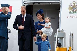 Tin ảnh: Hoàng tử William làm trái quy định hoàng gia Anh