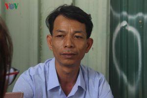 Trưởng thôn 46 tuổi dự thi THPT quốc gia sau 3 năm đi học xa 30km