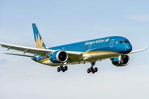 Vietnam Airlines trễ chuyến, khách vật vờ 1 ngày tại Pháp