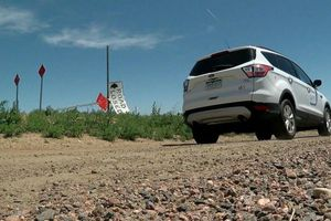 Đi theo hướng dẫn của Google Maps, hàng trăm lái xe mắc kẹt