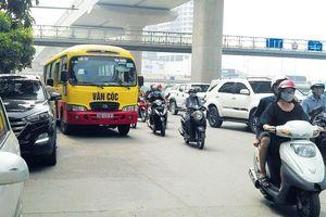Xe buýt 'nhái' đại náo trục đường phía Tây Hà Nội: Xử phạt nghiêm để tạo sức răn đe