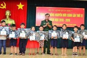 Quân khu 7 trao học bổng Nguyễn Đức Cảnh lần thứ 22