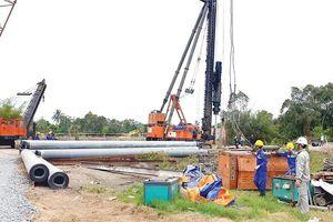 Dự án cao tốc Trung Lương - Mỹ Thuận lại thiếu vốn thi công