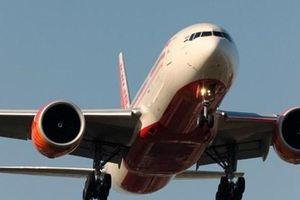 Máy bay hãng Air India hạ cánh khẩn cấp tại Anh vì bị dọa đánh bom