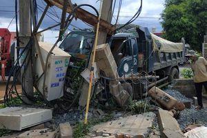 Va chạm với xe tải, một người đàn ông thiệt mạng