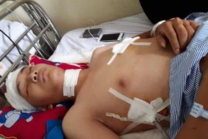 Hà Nội: Khởi tố vụ án hai nam thanh niên bị nhóm người lạ mặt đuổi chém trong đêm