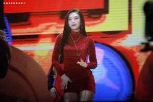 Những nữ Idol sinh năm 1996 sở hữu vẻ đẹp nữ thần