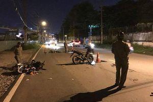 Xe máy 'đấu đầu' nhau, người phụ nữ tử vong trên đường đi cấp cứu