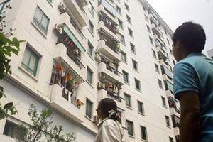 Đi tiểu trong thang máy: Khi đô thị hóa không song hành với văn hóa
