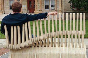 Thiết kế ghế ngồi 'hàng rào' biến hình linh hoạt