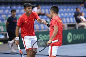 Lý Hoàng Nam cùng tuyển Việt Nam thăng hạng Davis Cup