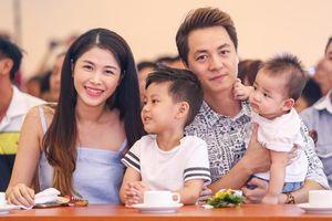 Đăng Khôi - Thủy Anh 3 năm liên tiếp đạt danh hiệu Gia đình hạnh phúc tiêu biểu