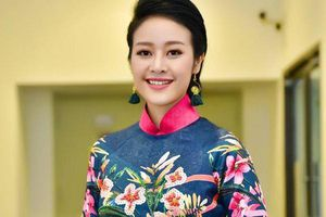 MC Phí Linh: 'Dẫn lễ hội pháo hoa quốc tế Đà Nẵng, tôi có những phút sống trong mơ'