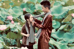 Đốn tim với bộ ảnh chụp bên Quốc hoa của cặp đôi mẫu nhí Hà thành