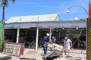 Đà Nẵng: Cưỡng chế tháo dỡ hàng loạt nhà hàng ven biển
