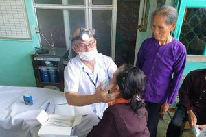 Gần 500 người dân Bắc Giang được khám, cấp thuốc miễn phí
