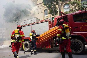Diễn tập cứu người bằng xe thang tại tòa chung cư 36 Hoàng Cầu