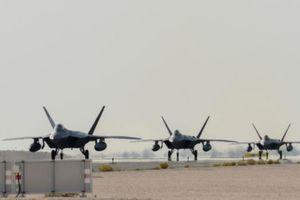 Mỹ triển khai 'thú ăn thịt' F-22 đến gần Iran