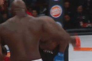 2 võ sĩ trở thành trò cười làng MMA vì đánh như say rượu