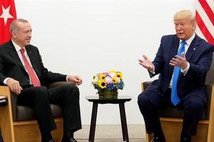 Ông Trump nêu giải pháp: Mỹ phải sống chung với S-400