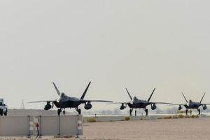 Mỹ điều thêm F-22 đến Trung Đông giữa lúc 'nước sôi lửa bỏng'