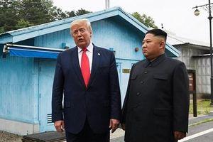 Tổng thống Donald Trump đánh giá tốt cuộc gặp ông Kim Jong un ở Hà Nội