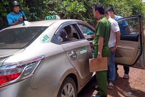 Đắk Nông: Tài xế taxi đạp cửa thoát thân khi bị kề dao, cướp tài sản