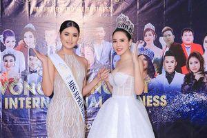 Lê Đỗ Minh Thảo diện váy trắng 'đọ sắc' cùng hoa hậu siêu quốc gia