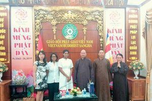 Đoàn Đại sứ quán Sri-Lanka đến thăm Trụ sở Giáo hội Phật giáo Việt Nam