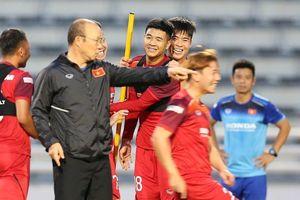 Thầy trò HLV Park Hang-seo giỏi nhất trong 10 năm qua