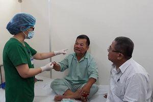 1 kiểm lâm Thừa Thiên - Huế bị bỏng khi dập cháy rừng