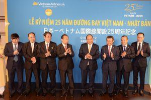 Thủ tướng Nguyễn Xuân Phúc dự Lễ kỷ niệm 25 năm đường bay Việt Nam - Nhật Bản