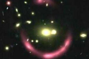 Tiết lộ vòng sáng bí ẩn trong vũ trụ xa xôi